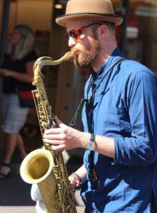 saxofono-musica-tema-progetto-caso-esame-orale-quarta-prova-eds-esame-di-stato-psicologia-strategie-divergenti-cagliari-pavia