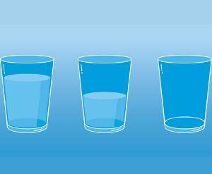 bicchiere-mezzo-pieno-psicologia-cagliari-sardegna-2020-strategie-divergenti-alessandra-melis-imparare-sviluppare-allenare-ottimismo-dimensione-positiva-psicologia-del-lavoro